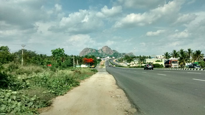 Road to Krishnagiri